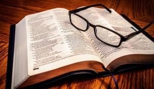 biblia-706x410