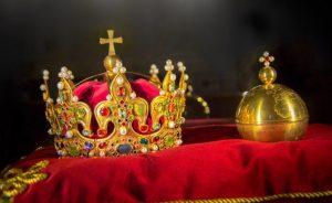 monarquia-706x432